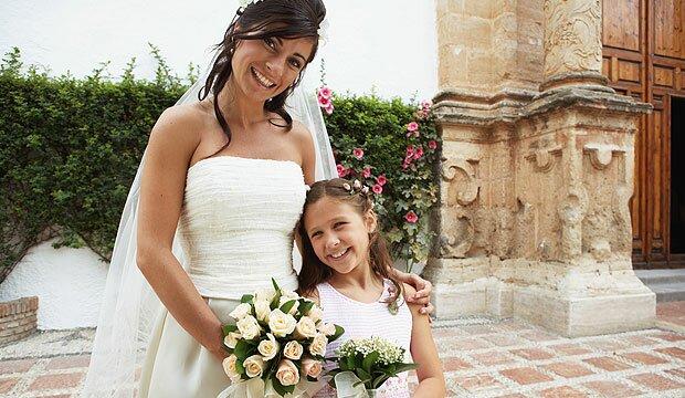 Niñas y novias muy bien vestidas