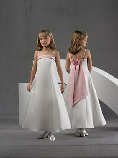 Vestidos para niñas acompañantes en la boda